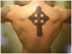 Checking the Various Celtic Tattoo Designs: Masculine Celtic Cross Design Ideas For Men On Back ~ Tattoo Design Inspiration