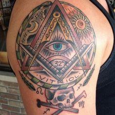 Freemasonry & Esoterica Masonic Art, Masonic Lodge, Masonic Symbols, Jack Tattoo, G Tattoo, Tattoo Drawings, Freemason Tattoo, Masonic Tattoos, Dreieckiges Tattoos