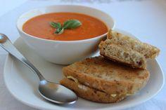 Fresh Tomato Soup - gluten free and vegan!