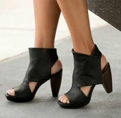 Farlen Black Coclico Wedge