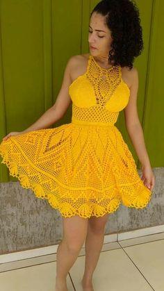 Dress Fashion Pdf also Crochet Dress Easy; Uiw Red Dress Fashion Show 2019 what Jersey Knit Dress Pattern Free Crochet Halter Tops, Crochet Bikini Top, Knit Crochet, Crochet Gratis, Crochet Clothes, Diy Clothes, Crochet Dresses, High Low Lace Dress, Mode Crochet