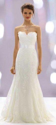 Vestido de noiva com decote coração simples