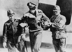 Japanese capture an American Flyer belonging to the Doolittle Raid.