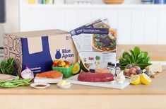 The Blue Apron subscription box delivers all the fresh ingredients you need to make delicious meals in exactly the right proportions. Meal Delivery Service, Delivery Food, Food Service, Wine Delivery, Blue Apron, Le Far West, Original Recipe, Recipe Cards, No Cook Meals