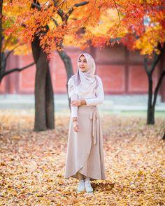 Long Skirt Fashion, Modest Fashion Hijab, Casual Hijab Outfit, Hijab Chic, Muslim Fashion, Fashion Outfits, Ootd Hijab, Hijab Fashionista, Hijab Fashion Inspiration