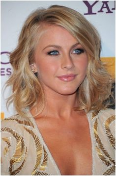 Soft Wavy Hairstyles: Medium Hair Cuts Trends | Popular Haircuts