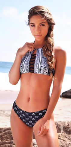 This bikini is stunning! Just $17.99 for hot days! It is perfect for the beach and a total stand out piece in the coming summer. More new swimsuits at Cupshe.com !