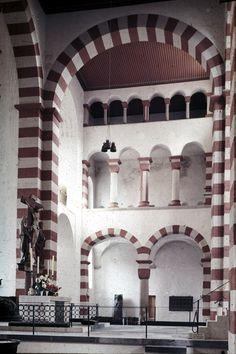 OTTONIAN ARCHITECTURE - transept, St Michael at Hildesheim.