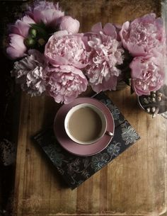 Antique pink peonies and tea in a gorgeous cup. Lovely afternoon!