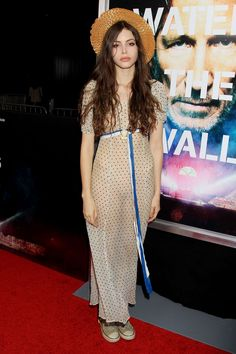 Kemp Muhl seethru nude @ Premiere of Roger Waters 'The Wal' - Ziegfeld Theater in New York Hollywood Fashion, Casual Summer Outfits, Cool Outfits, Kemp Muhl, Girl Fashion, Fashion Looks, Couture Dresses, Girl Crushes, Celebrity Style