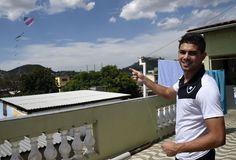 BotafogoDePrimeira: Gegê empina carreira no Bota e passa cerol nas crí...