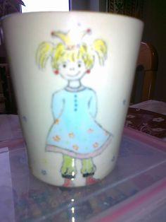 Keramikbecher mit Prinzessin