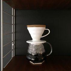 a new coffee apparatus how cute is that! #hario #hariov60 #stringvintage #stringshelfie http://ift.tt/20b7VYo