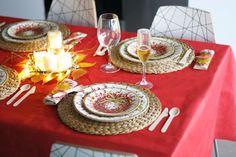 Mesa navideña con menaje de cartón Elegance Party en DEF DEco - Decorar en familia