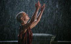 God is in the rain. V For Vendetta 2005, Broken Pictures, Natalie Portman, Movies, Photography, Rain, Rain Fall, Photograph, Films