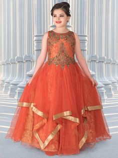 Designer Gowns for Girls. Buy online children's gowns dresses & frocks at best price for 1 to 16 years girls. Shop girls designer gowns for Wedding, Birthday, Party & Festival wear. Long Frocks For Girls, Gowns For Girls, Wedding Dresses For Girls, Girls Party Dress, Little Girl Dresses, Girls Dresses, Kids Ethnic Wear, Kids Dress Patterns, Baby Dress Design