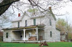 Photo:+Stacy+Orem+Sweet+ +thisoldhouse.com+ +from+'Save+This+Old+House'+Update:+2010