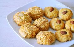 Dessert Recipes, Desserts, Scones, Doughnut, Food Inspiration, Biscuits, Muffins, Sweets, Cookies