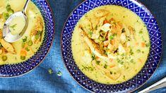 Vartissa valmis kanakeitto | Keitot | Yhteishyvä Finnish Recipes, My Cookbook, Hummus, Food Inspiration, Real Food Recipes, Curry, Food And Drink, Lunch, Diet