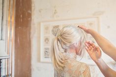 Getting Ready   Bridal Up Do   Cotton Candy Photography