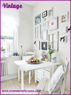 Decoración vintage para tu cocina! Una idea decorativa para ese estilo que tanto te gusta! Dale el toque perfecto con los cuadros...  ❤