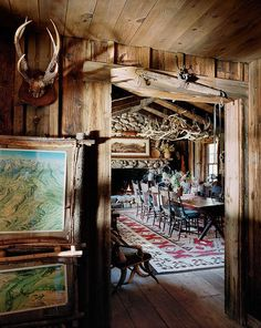 Chez Ralph Lauren dans le Colorado wood decor cabin furniture homes cabin decor furniture western decor bedrooms furniture homes kitchen Le Colorado, Colorado Ranch, Montana Ranch, Montana Homes, Rustic Western Decor, Rustic Cabin Decor, Rustic Cabins, Western Style Interior, Log Cabins