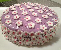Violet daisy