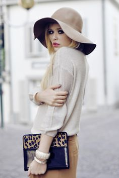 fashion-aura:     Fashion blog, follow for a follow back coz your don't know your beautiful