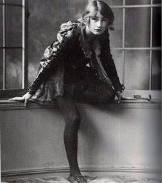 vintage boudoir 1904