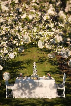Anne of Green Gables Inspired Wedding Shoot « Jessica Zais Photography can totally picture this# Wedding Stage, Wedding Shoot, Our Wedding, Dream Wedding, Anne Auf Green Gables, Wedding Bells, Wedding Designs, Wedding Planning, Wedding Decorations