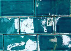 Keramische Wandfliesen aus Spanien, die mit ihren wunderschönen Glasuren gleich Urlaubsfeeling entstehen lassen . Ceramics, Painting, Art, Sevilla Spain, Vacation, Nice Asses, Ceramica, Art Background, Pottery
