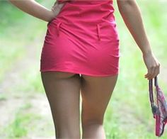 Awkward Pictures of Hotties Who Don't Wear Underpants