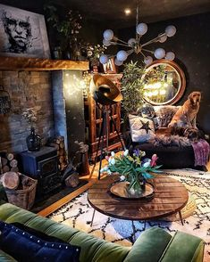 house interior rustic Making a shabby stylish bohemian house is styling interiors with eclectic and classic designs, utilizing rustic wooden furnishings, architectural parts from Bohemian House, Bohemian Living, Bohemian Interior, Bohemian Decor, Bohemian Design, Bohemian Style, Hippie Living Room, Boho Style Decor, Dark Bohemian