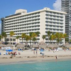Newport Beachside Resort In Sunny Isles Beach Outside Of Miami South Florida