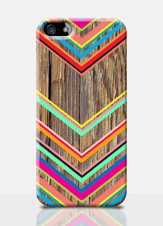 CHEVRON WOOD PRINT mobile phone case. Available on: iPhone4, iPhone 5, Samasung S3, Samasung S4. By TheSmallPrintCases, £10.99