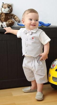 Baby Boy Dress, Baby Boy Outfits, Little Boy Fashion, Kids Fashion, Boys Formal Wear, Cute Babies, Baby Kids, Boy Baptism Outfit, Cute Baby Wallpaper