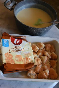 Want to know about indian recipes chickpeas? Sweets Recipes, Cake Recipes, Cooking Recipes, Desserts, Greek Recipes, Indian Food Recipes, Low Calorie Cake, Mini Croissants, The Kitchen Food Network