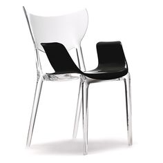 An ethereal and fun design from the genius that is Philippe Starck, the curvaceous and contemporary form of the Ema Sao can be personalised using a range of customisable features. Made from striking transparent plastic, the durable, waterproof  construction of this exclusive TOG chair means it can also be enjoyed outdoors with the option of additional armrests in a range of colours.