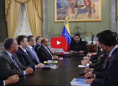 Maduro estira y encoje con el TSJ ante amenazas de intervención extranjera  http://www.facebook.com/pages/p/584631925064466