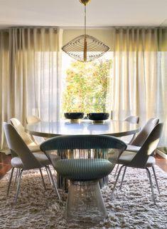 CJC Interior Design | Dinning Room | Light | Knoll Chairs | Lisbon l Portugal