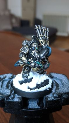 Kharadron Overlord by ‎Gordon Holland‎. Would love to see a full pipe band :D Warhammer 40k Figures, Warhammer Art, Warhammer Models, Warhammer Fantasy, Warhammer 40000, Fantasy Paintings, Mini Paintings, Warhammer Figuren, Warhammer Tabletop