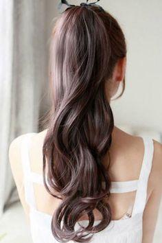 bridal style | perfect ponytail | via: brides of adelaide