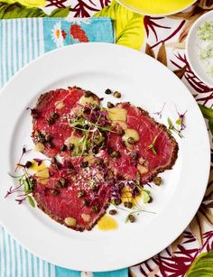 Lime and pepper crusted beef carpaccio - Sainsbury's Magazine