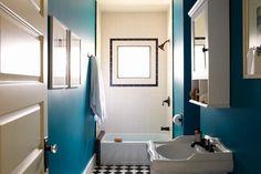 desire to inspire - SIMO Design // blue bathroom