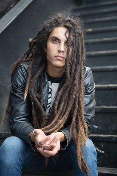 Samuel Larsen- when he had dreads Samuel Larsen, Dreadlock Hairstyles For Men, Dreadlock Styles, Dreadlocks Men, Locs, Beautiful Men, Beautiful People, Coiffure Hair, Natural Hair Styles
