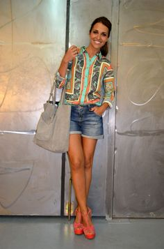 Paula Echevarría Look Best Casual Outfits, Short Outfits, Chic Outfits, Summer Outfits, Star Fashion, Look Fashion, Womens Fashion, Pantene, Velvet Fashion