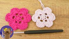 Μαθήματα πλεξίματος. Πλεκτά διακοσμητικά λουλούδια για πολλές χρήσεις! - YouTube
