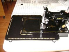 $59 : Singer Featherweight mini extension table
