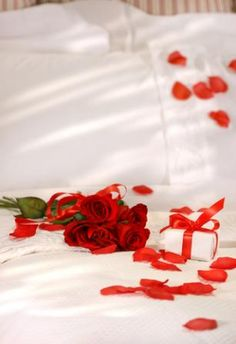 1000 Images About Romantic Gifts On Pinterest Romantic