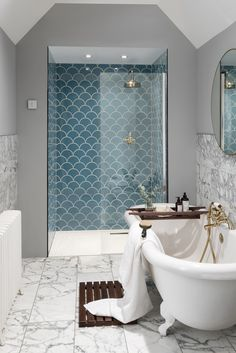 Fish Scale Tiles, Hexagon Tiles And QuatreFoil Tiles: The Latest Tiles – Veronica Air Fish Scale Fliesen, Hexagon Fliesen und QuatreFoil Fliesen: Die neuesten Fliesen – Veronica Air – House Bathroom, Bathroom Interior Design, Home, Shower Room, Bathroom Renovations, Fish Scale Tile, Loft Bathroom, Bathroom Decor, Beautiful Bathrooms
